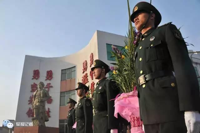 △杨靖宇支队每年都会在将军殉国日举行纪念仪式。