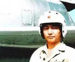 可否记得16年前的今天驾机拦截闯入我南海空域的美军侦察机时不幸撞机牺牲的王伟?(组图)