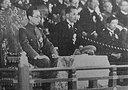 """解放军报整版:历史的拷问 ——抗战期间""""汉奸现象""""的文化透视与现实反思(组图)"""