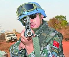 杨树朋:献身使命的维和勇士(图)